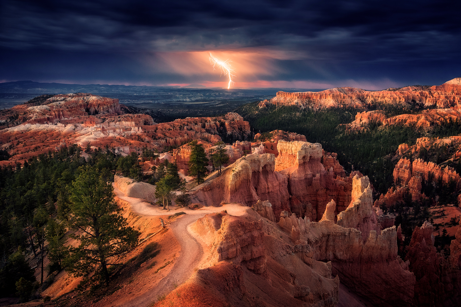 Fototapete Lightning Over Bryce Canyon